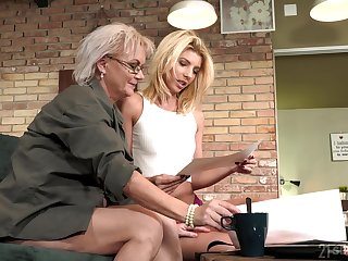 Aging lesbian Elvira is spoken for spectacular young body be advisable for 19 yo model Missy Luv