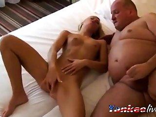 Kira meet the needs Fat Daddy