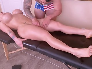 Horny Young Mommy Is Spoiled With A Tongue Rub down Together with A Ro - massage